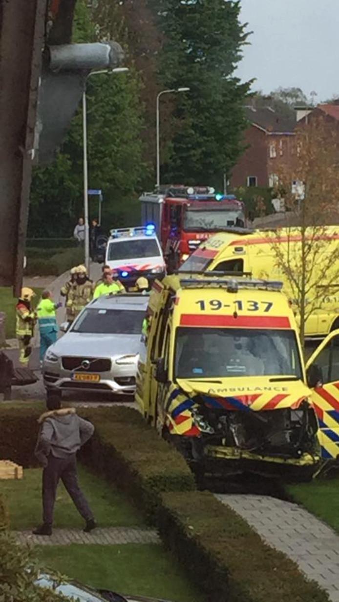 Ongeluk op de kruising Oude Drydijck en Burgemeester IJsebaertstraat.