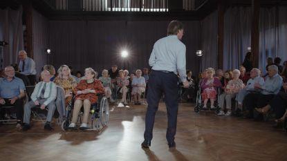 """Tachtig bejaarden dansen op Paul Kalkbrenner: """"Het hoeft niet altijd schlagermuziek te zijn"""""""