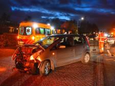 Twee auto's zwaar beschadigd bij botsing in Leende