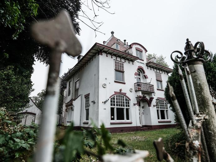 Villa 't Veldhoen in Doetinchem was een makkelijke prooi voor inbrekers  in 2016 toen de eigenaar vastzat in Duitsland. Jan Ruland van den Brink