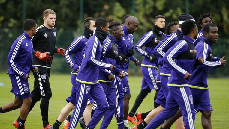 Voetballers van Anderlecht komen dit weekend niet in actie. Beeld photo_news