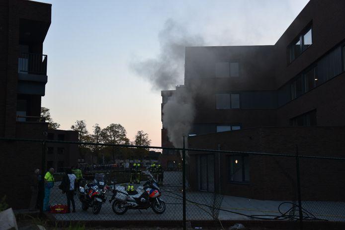 De brand zorgde voor veel rookontwikkeling. De nieuwbouw werd daarom tijdelijk volledig ontruimd. Het complex is overigens nog niet volledig klaar. Het aantal bewoners is ook nog beperkt.