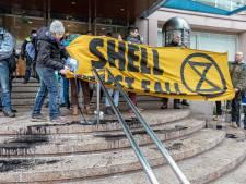 'Olie' op trap hoofdkantoor Shell: voorwaardelijke geldboete