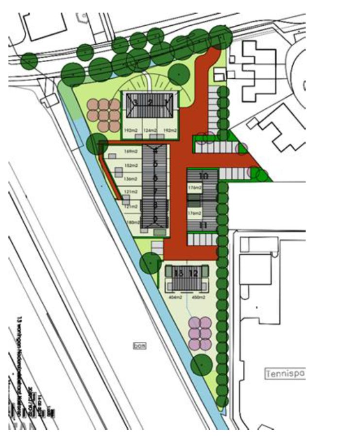 Het oorspronkelijke bouwplan aan de Nedereindsestraat. Rechtsonder zit het tennispark van de Kersenplukkers
