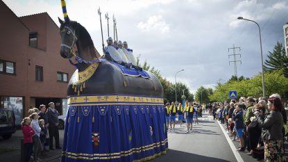 Akkoord over traject Rosse Buurten-parade: over de Grote Markt en eindfeest in Kerkstraat