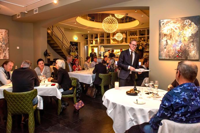 Restaurant Wolfslaar heeft onder de nieuwe eigenaar de inrichting aangepast.