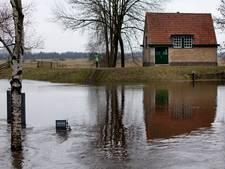 Waterschap Aa en Maas leidt 27 burgers op tot vrijwillig dijkwacht voor het geval er weer hoogwater komt
