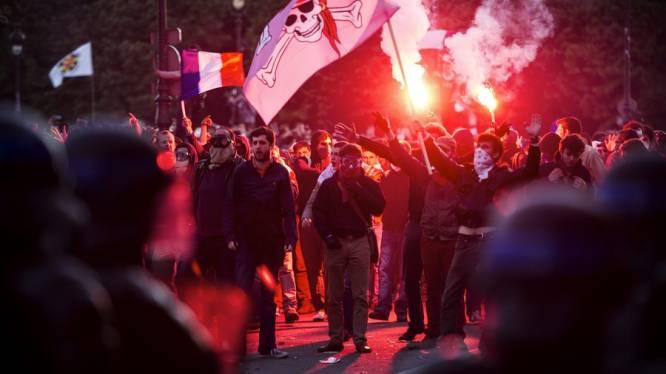Ruim 350 arrestaties na gewelddadige betoging tegen homohuwelijk in Parijs