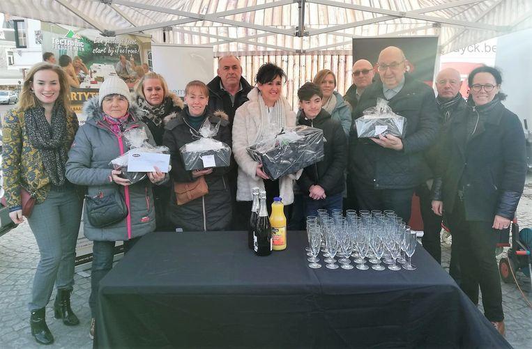 Unizo trakteerde de winnaars van de eindejaarsactie op een receptie op de markt