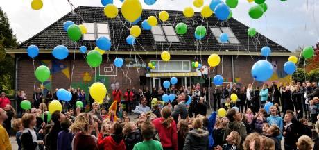 School moet vlaggetjesactie op het dorpsplein van Moergestel afblazen: 'Zekere voor het onzekere'