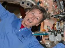 Vrouwelijke astronaut verbreekt alle records