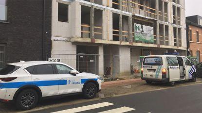 Bouwvakkers vinden lijk op bouwwerf in Hasselt