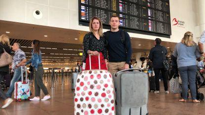Justine en Tom betalen 1.500 extra om toch op droomreis te kunnen vertrekken