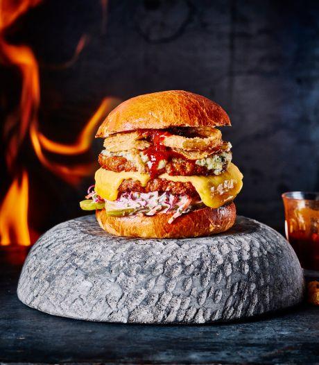 Maak kennis met de Oozy Woozy Double Cheese mc² Burger