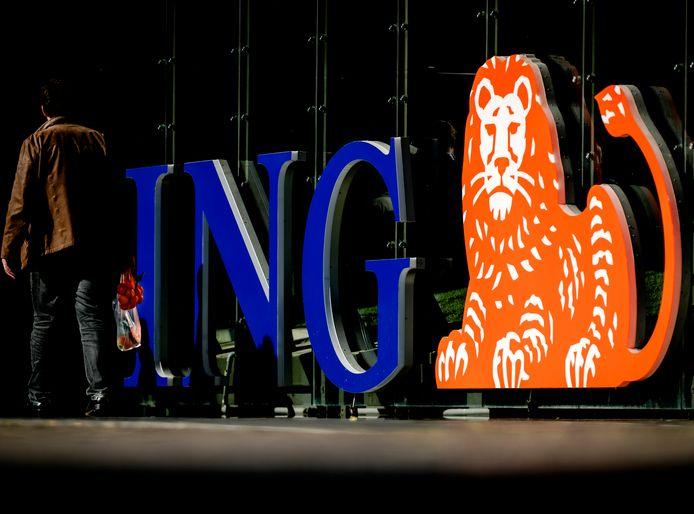 Vooral ING kreeg het zwaar te verduren. De financiële groep gleed 9,27 procent weg tot 5,99 euro.