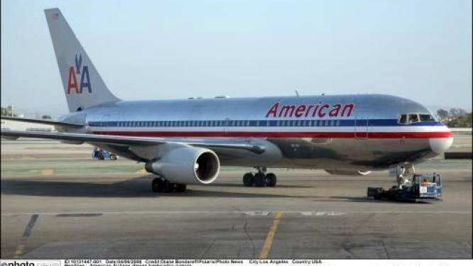 Dronken passagier valt piloot aan in volle vlucht