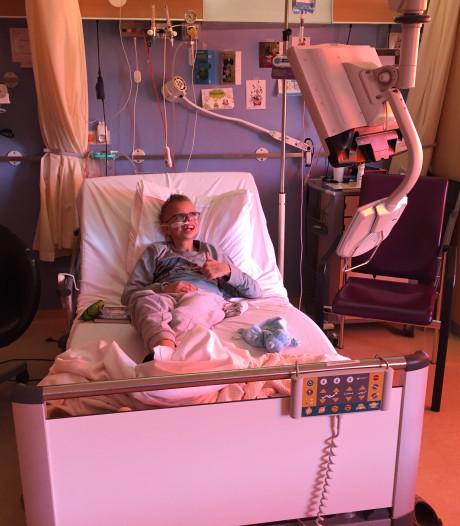 Sint komt óók bij Luca in het Wilhelmina Kinderziekenhuis