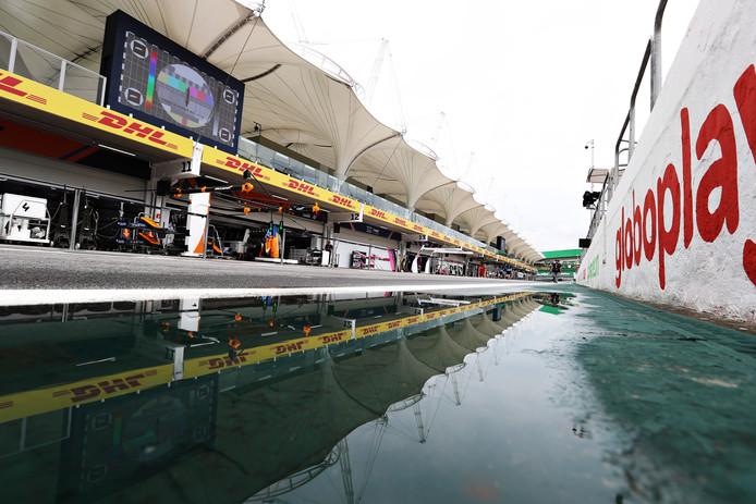 De pitsstraat van het Autódromo José Carlos Pace.