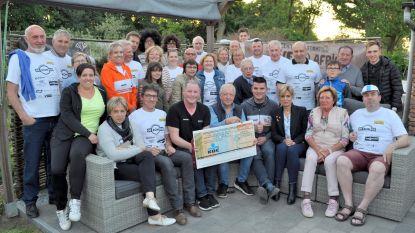 Wijkcomité Spurt schenkt 4.000 euro aan GicBanJou
