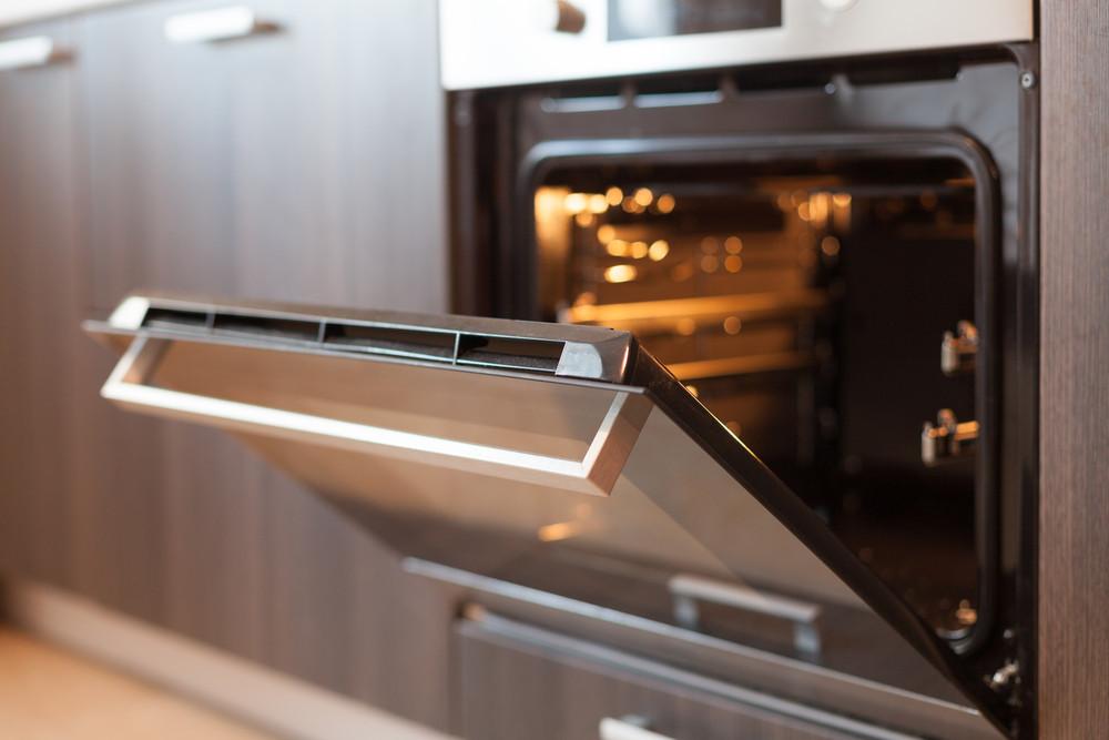 De oven schoonmaken? Een simpel klusje.