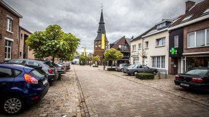 Bewoners vergelijken proefopstellingen om verkeerssituatie te verbeteren: straten met eenrichtingsverkeer scoren goed, snelheidsremmers minder