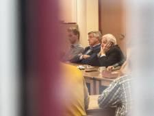 D66-coryfee Wessels loopt weg bij avond over vertrek burgemeester Gennep en krijgt kritiek: 'Is ie er niet bij'