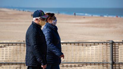 HET DEBAT. Moet het strand deze zomer gereserveerd blijven voor bewoners en hotelgasten? Dit zeggen jullie