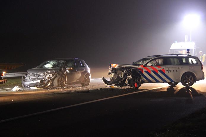 Flinke schade nadat spookrijders op een politiewagen zijn geklapt