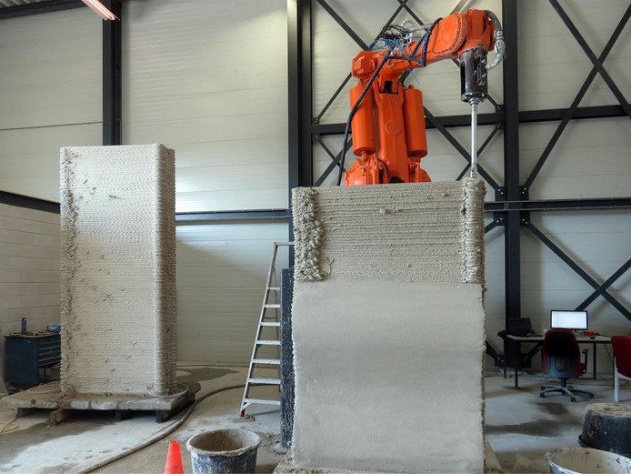 Met de test onderzoeken de bedrijven mogelijke toepassing van 3D-geprinte bekistingen in de civiele bouw, zoals weg- en waterbouw.