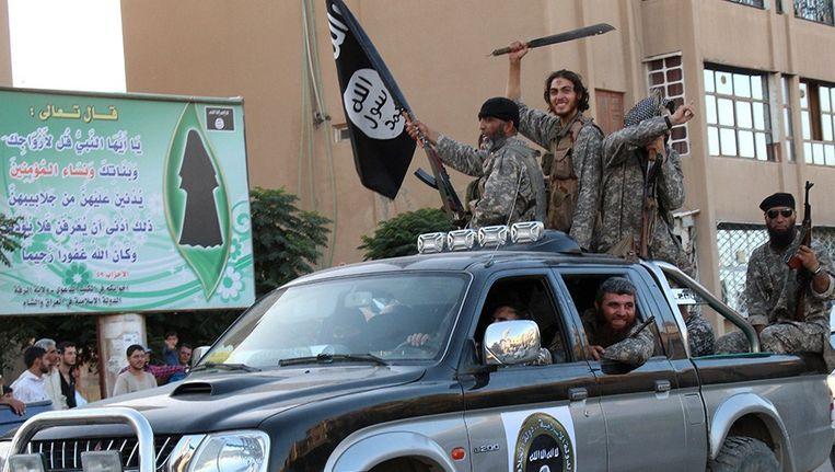 Archieffoto: IS-strijders in Raqqa Beeld afp