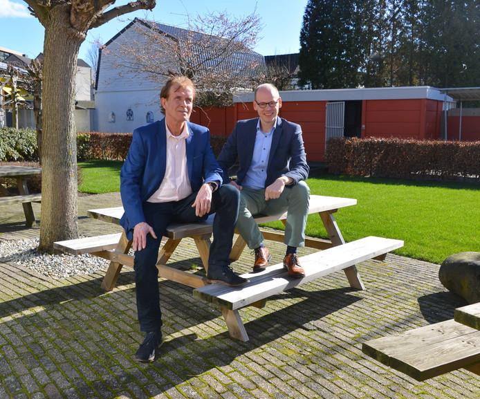 Mario Ermens en Erwin Derks (r) van SaldoPlus in Helmond