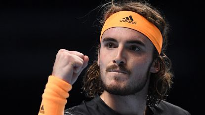 Tsitsipas klopt Federer en is eerste finalist op ATP Finals