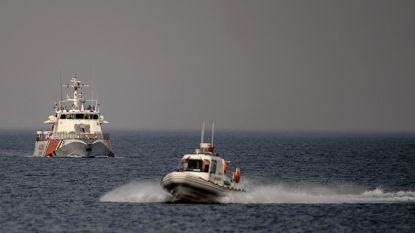 Griekse kustwacht onderschept 56 migranten op zee, waaronder 8 minderjarigen