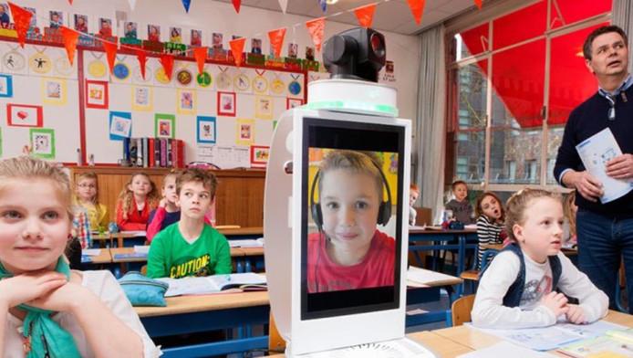 Met het Mooiste Contact Fonds laat KPN chronisch-zieke kinderen thuis toch lessen volgen