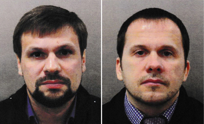 Alexander Petrov (R) and Ruslan Boshirov (L) op een door de politie van Londen vrijgegeven foto.