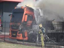 Vrachtwagen in brand in Harderwijk