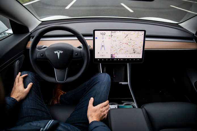 Beeld ter illustratie: De Autopilot-functie van de Tesla Model