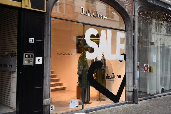 De Leuvense winkels maken zich op voor een druk weekend.