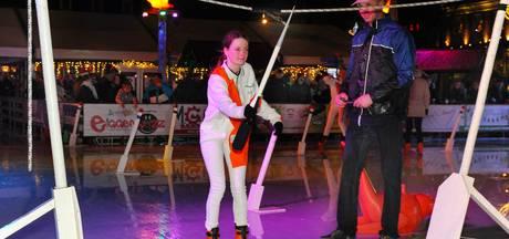 Ringrijden op de schaats gaat makkelijker dan op een paard