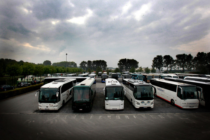 Brugge kanaaleiland krijgt andere rup bestemming: busparking