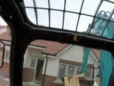 Britse bouwvakker de cel in nadat hij uit wraak huizen sloopt