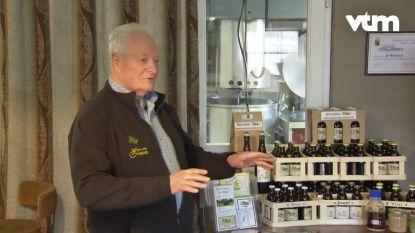 De gasten uit 'Met Vier in Bed' ontdekken het streekbier van Geel