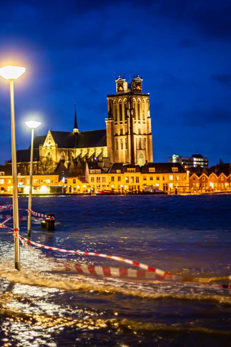 Weet jij wat je moet doen als het eiland van Dordrecht volloopt als één grote badkuip?