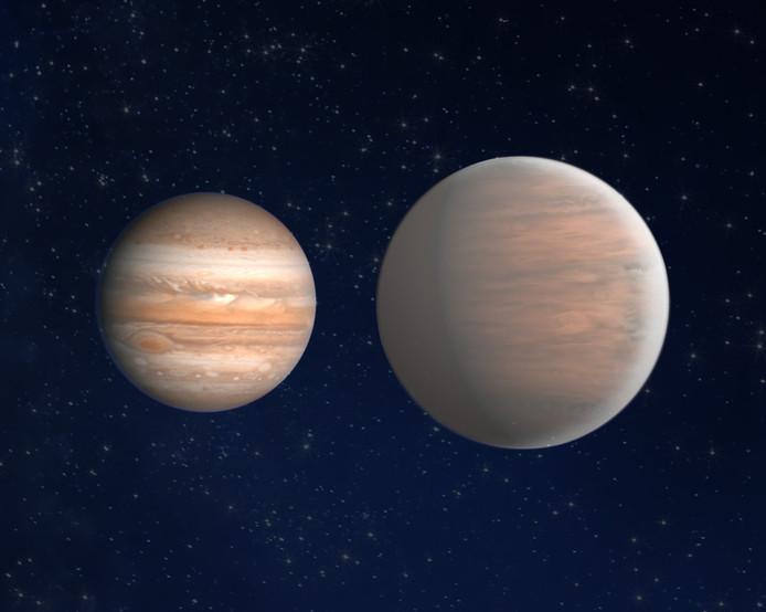 Hat-P-6b is groter dan de grootste planeet in ons zonnestelsel, Jupiter (links)