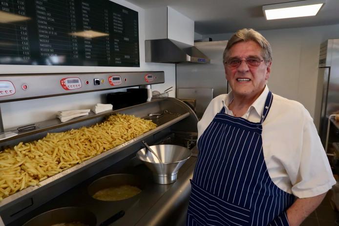 Ferry Verstrepen opende zaterdag zijn nieuwe frietkot.