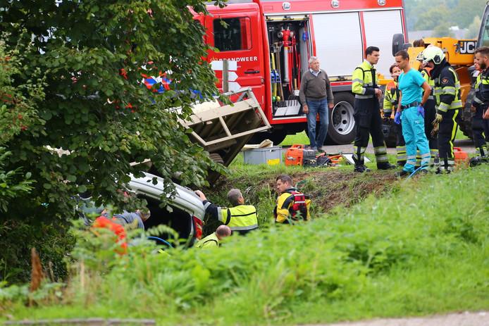 Ongeval op de kruising van de Langestraat en de Galgenstraat in Dieden.