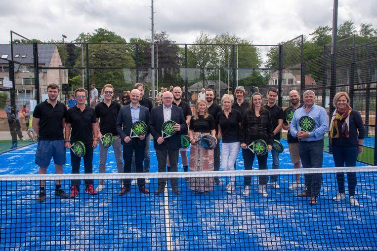 Racing Wetteren Tennis- en Padelclub opent twee permanente padelterreinen.
