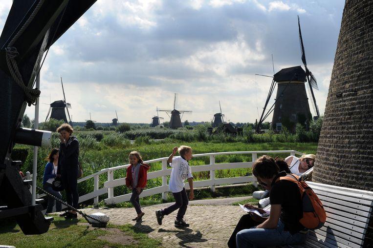 De molens in Kinderdijk. Beeld Marcel van den Bergh / de Volkskrant