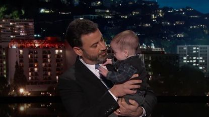 """Zoontje Jimmy Kimmel voor het eerst op tv na hartoperatie: """"Papa huilt, maar jij niet, he?"""""""