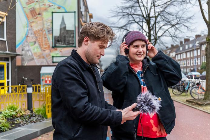 HKU-studenten Julius van IJperen en Eefje van den Brink hebben het geluid van Zuilen  vastgelegd.
